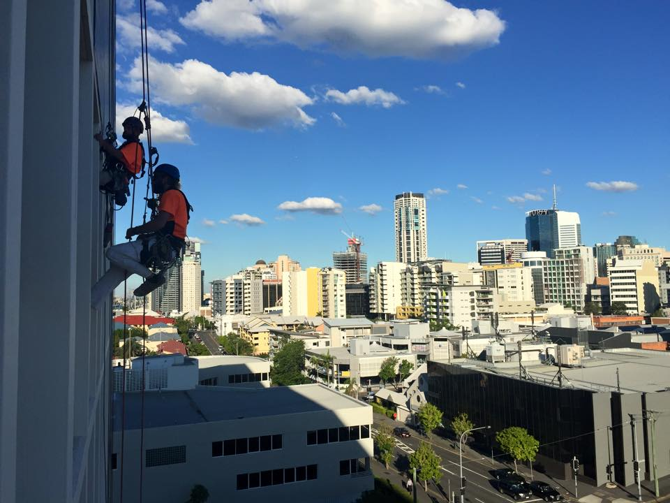 About Us Alltech Abseilers - Professional, Safe Industrial Abseilers