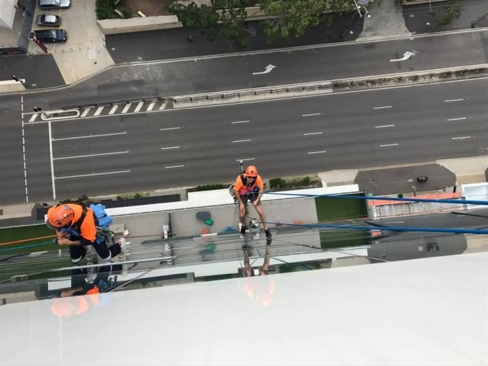Affordable Commercial Window Cleaning Solutions - rope access services