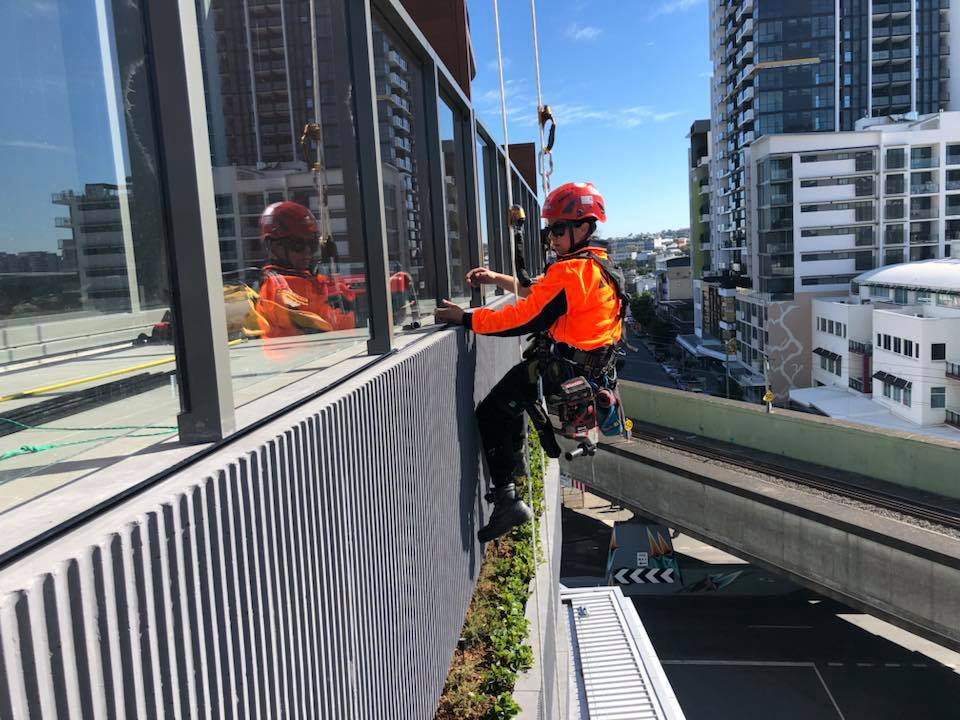 Hi Rise Rope Access Signage Installation Trade Services - Hire Alltech Abseiling Team