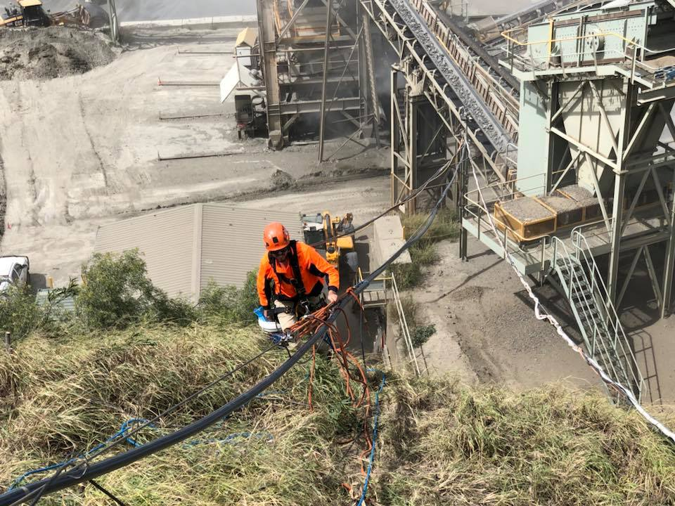 Shutdowns Industrial Abseilers Side Of Hill - Mining Sector Abseilers