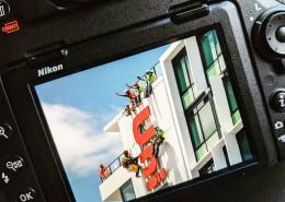 Brisbane high rise sign installation for Unilodge